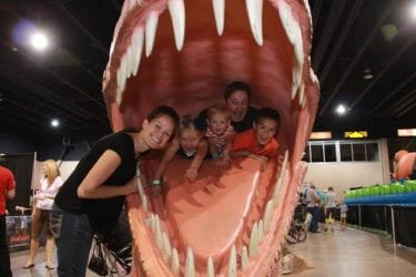 JURASSIC QUEST: Your Family Can Interact with Dinosaurs!